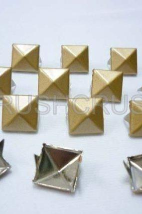 50pcs 1/2inches Gold Matt Pyramid Stud Nailheads Punk ROCK Biker Spikes spots EMO S2113