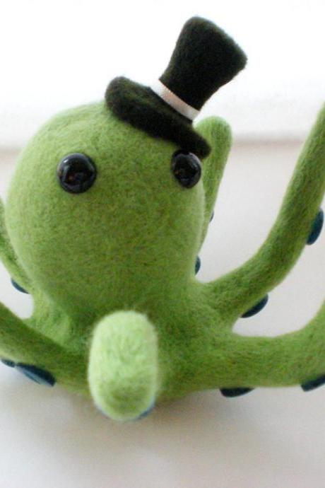 Mr. Octo Pús - Green Octopus Needle Felted Sculpture