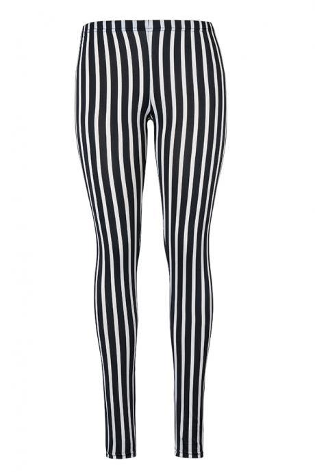 New Black And White Striped Leggings Thin Section In The Wild Take The Pants