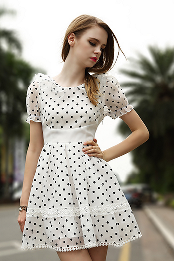 Wave point lace strap dress
