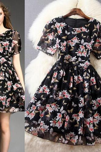 Sweet Vogue Print Dress
