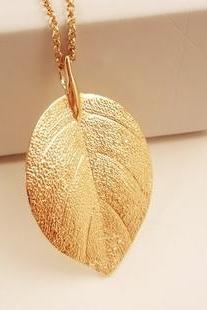Gold Leaf Necklace Pendant Chain jewelry clavicle leaves jewelry NKL056