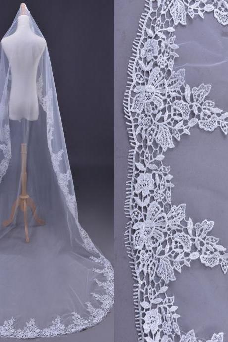 New Cathedral 3 Meters White Elegant Lace Edge Long Wedding Veil Bridal Accessory Veils Bridal Veils