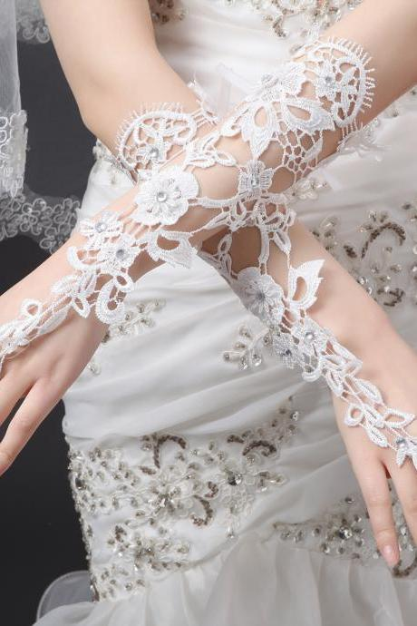 Bridal Gloves Luxury Lace Flower Glove Hollow Wedding Dress Accessories Ivory Bridal Gloves 2015 Free Shipping