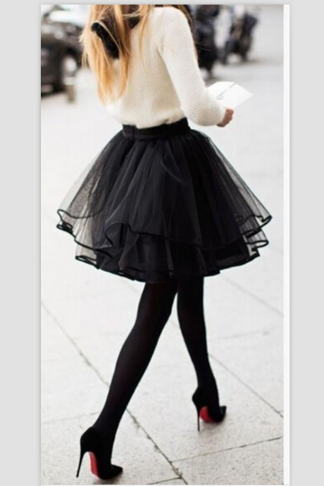 HOT BLACK CUTE SKIRT
