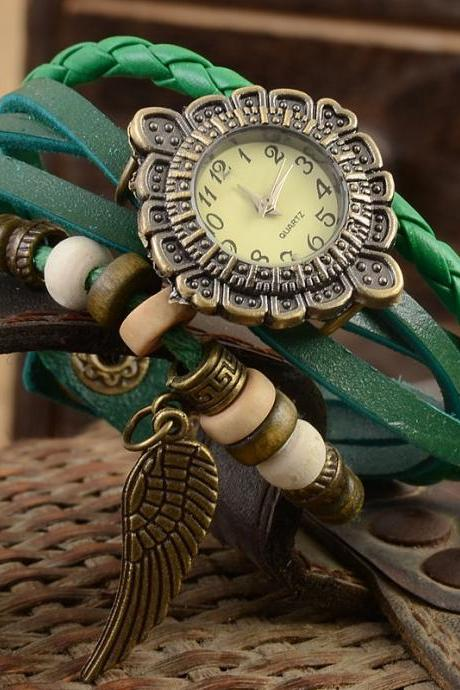 Feather watch, feather leather watch, green bracelet watch, leather watch, bracelet watch, vintage watch, retro watch, woman watch, lady watch, girl watch, unisex watch, AP00356