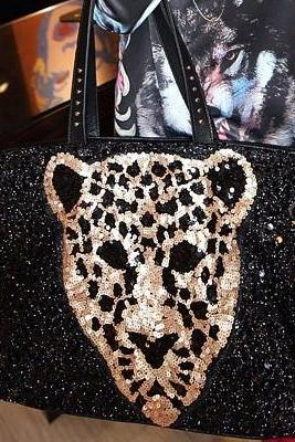 Black Leopard Pattern Fashion Hand Bag