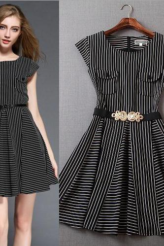 Fashion round neck striped dress 3498048