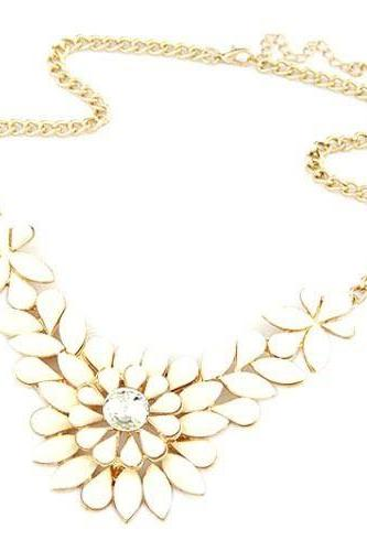 Flower crystal statement prom beige dress girl necklace