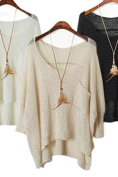 Round collar pullovers bat sleeve is hollow-out sweater