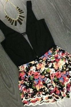 Cute Floral Print Black Jumpsuit