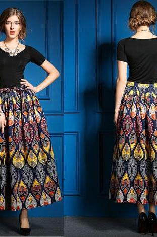 T-Shirt + Fashion Leisure Printed Skirt Suits