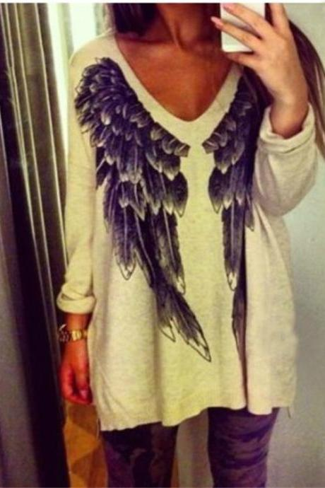 Wing pattern loose sweater