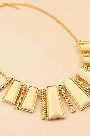 Statement jewelry style fashion white new woman necklace