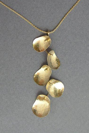 14k Gold Necklace - Leaves Cluster Pendant - Solid Gold Jewelry