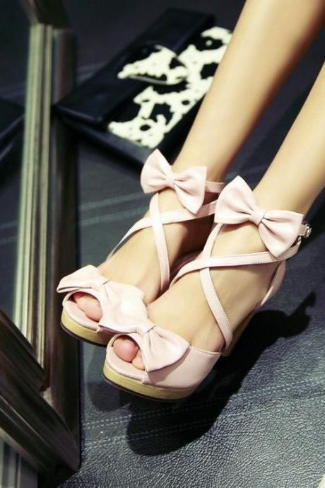 Cute Pink Strappy Sandals With Bow
