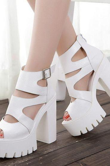 Strappy White Fashion Sandals