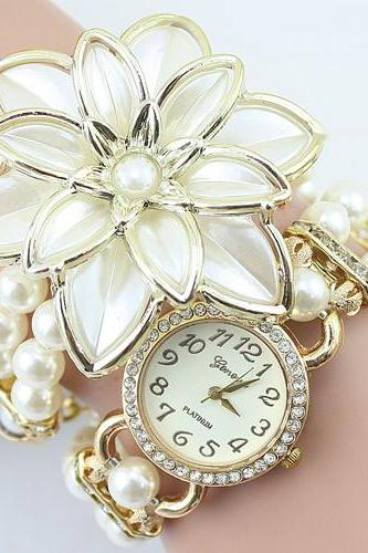 Beaded Diamond Flower Bracelet Watch