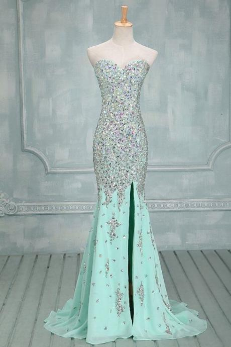 Mint green chiffon evening dress, sparkling sexy prom dresses, a lot of hand-beaded prom dresses, formal evening dress Custom prom dresses,