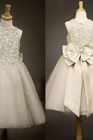 2015 New Bridesmaid of Flower Girls Dresses Little Girl Formal Gown With Dark Ivory A-Line Lace Jewel Bow Appliques Sequins Tea-Length Tulle
