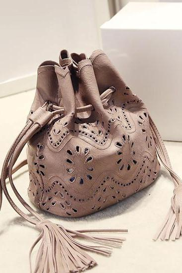 Hollow Flower Tassel Bucket Bag Shoulder Bag