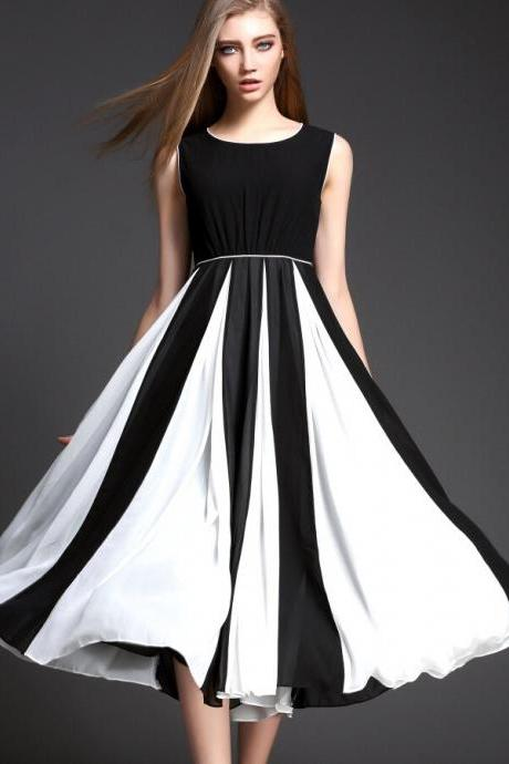 Classic black and white together cultivate one's morality fashion dress