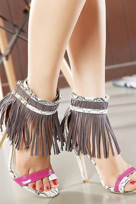 Super beautiful tassels serpentine color matching club shoes, high-heeled sandals
