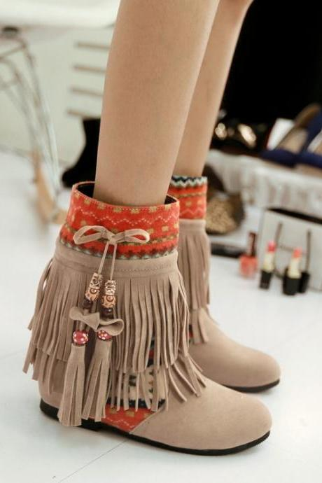 Winter Fashion Round Toe Tassels Design Mid Heel Apricot Suede Snow Boots