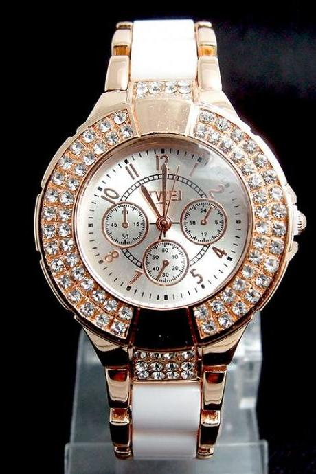 Fashion crystals evening classy woman white watch