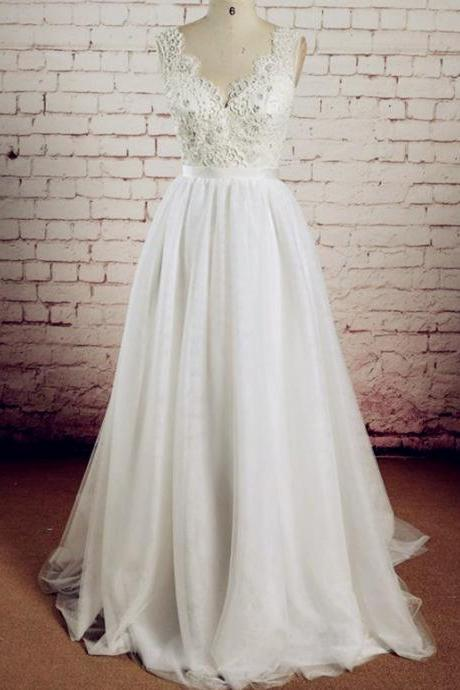 Scalloped Lace V-neck and V-back Floor Length Wedding Dress with Detachable Sash A-line Bridal Gown