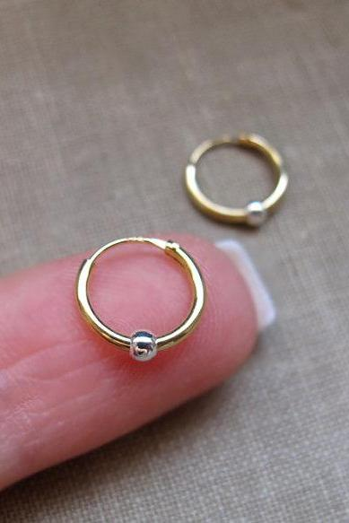 Endless Earrings - Small Gold Hoop Earrings with silver bead - earrings for Cartilage, Tragus, Seamless, Catchless,