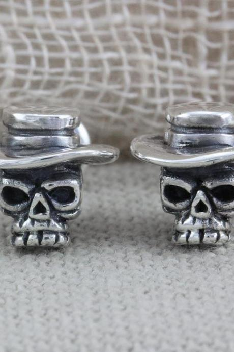 Silver Skull Earrings, Skull Stud Earrings (WES012)