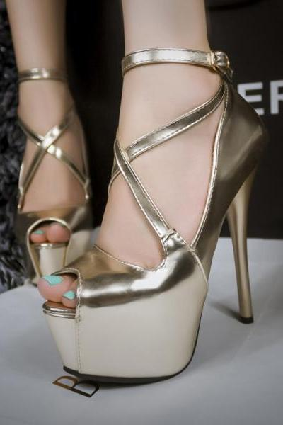 Sexy Fine Gold And Silver With The Fish Head Shoes