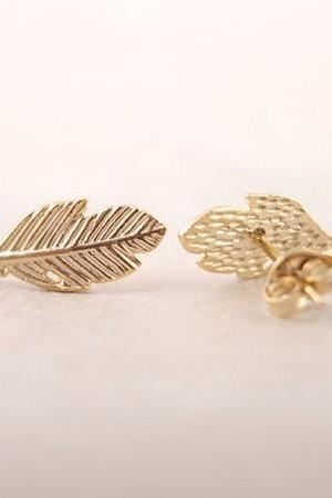 Trendy Fallen Leaves Studs Earrings for Women Fashion Women Feather Earrings Jewelry in color gold/silver/rose gold