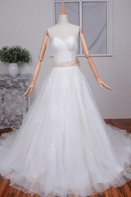 Elegant Sweetheart Wedding Dress Sweep Train A-line Appliques Wedding Gowns Handmade Bows White /Ivory Bridal Gowns with Detachable Sleeves