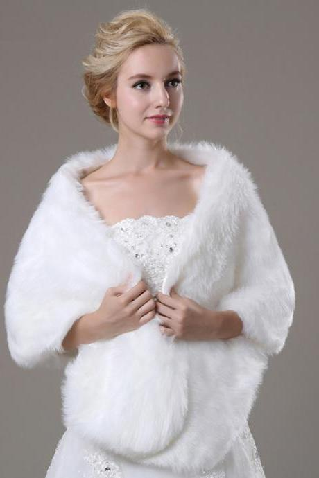 White Artificial Fur Fur Wrap Elegant Women Faux Fur Shawl For Weddings