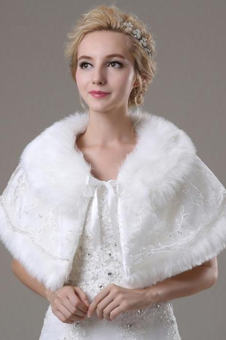 White Women Cape With Faux Fur Collar Lace Short Bridal Wedding Wrap