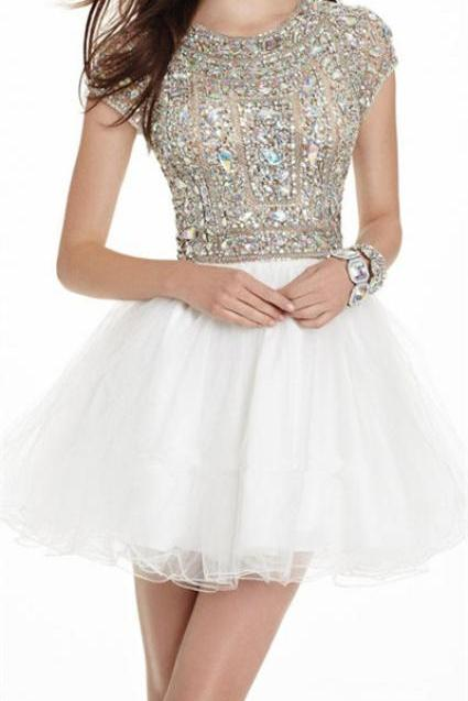 New Arrival Ball Gown Beaded Bodice Open Back White Tulle Cap Sleeve Homecoming Dress Short Prom Dresses