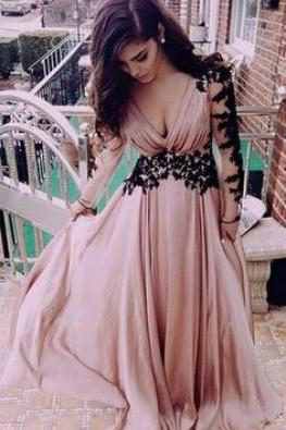 Blush Pink Prom Dresses,Vintage Prom Gown,Women Boho Long Sleeves Plus Size Evening Gowns,V neckline Party Dress,Black Lace Evening Dress