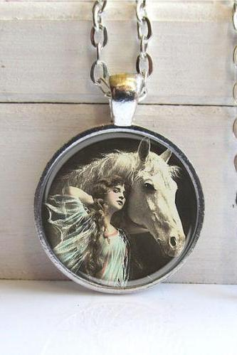 Horse Necklace, Vintage Beauty With Horse, Horse Art Pendant, Horse Jewelry