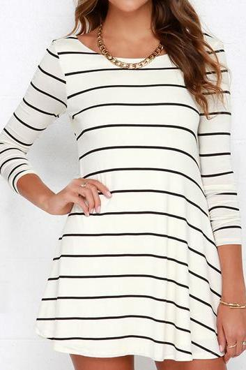 Fashion V Back Long Sleeve Striped Mini Dress (2 Colors)