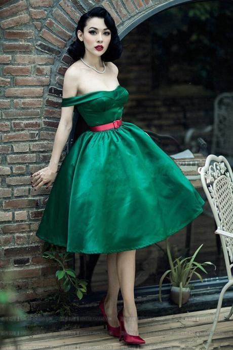 Green Satin Short Ball Gown Prom Dress Off Shoulder Vintage Teens Formal Party Dress Custom Made