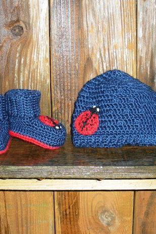 Ladybug Crochet Hat and Booties set in navy blue, newborn infant girls, ready to ship.