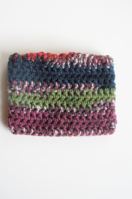 crochet veriegated wallet/pouch with flannel lining