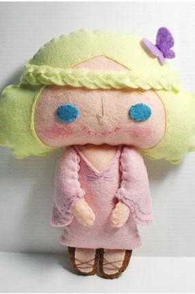 Christy girl - PDF Doll Pattern