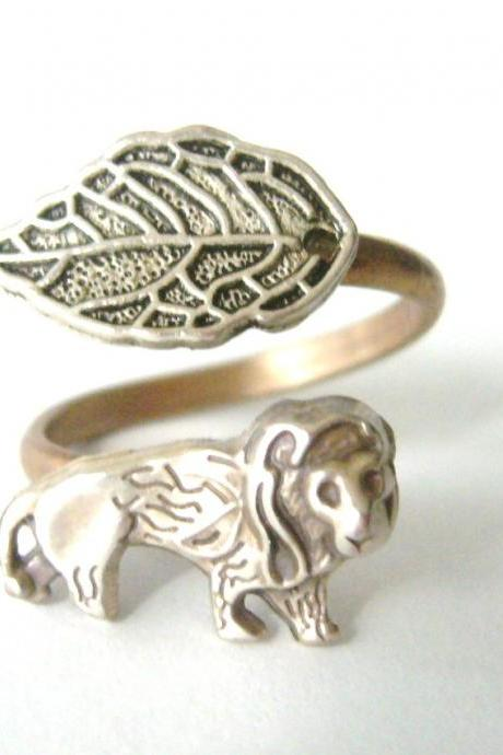 silver Lion wrap ring, adjustable ring, animal ring