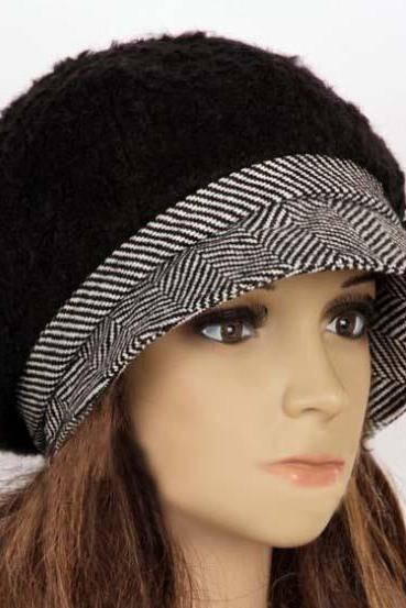 Slouchy woman hat clothing cap beret black