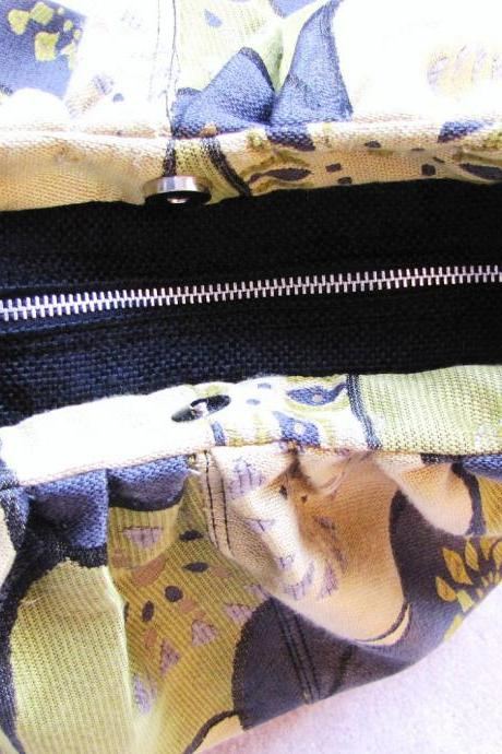 Fabric zipper top closure for XL convertible purses