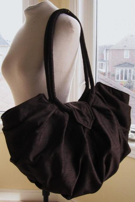 Large brown canvas hobo bag, pleated stylish shoulder bag