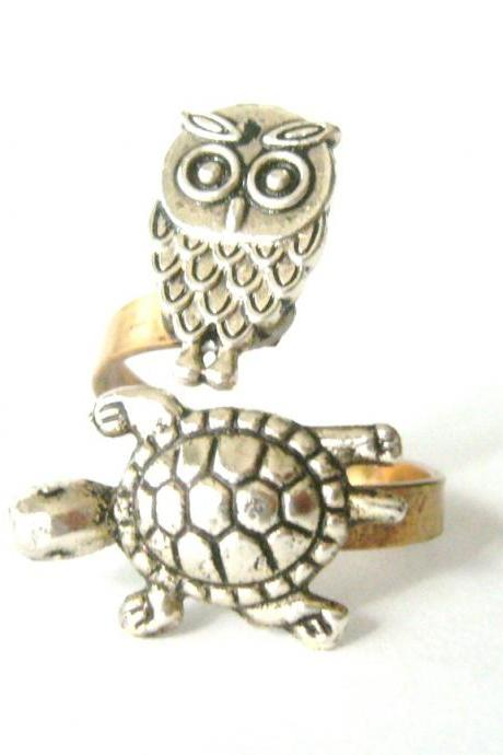 Silver turtle ring with an owl, wrap ring, adjustable ring, animal ring